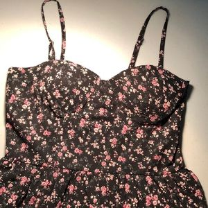 Cute floral dress with removable straps